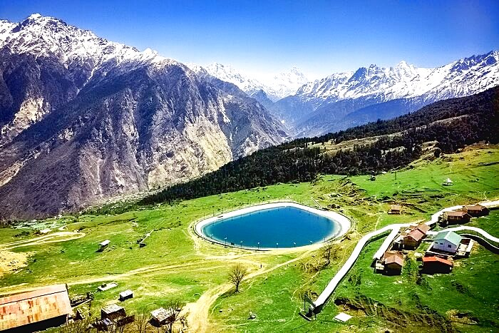 places to visit in april Auli